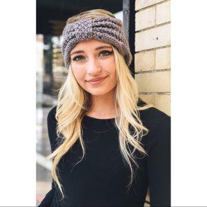Light grey chunky knit headband